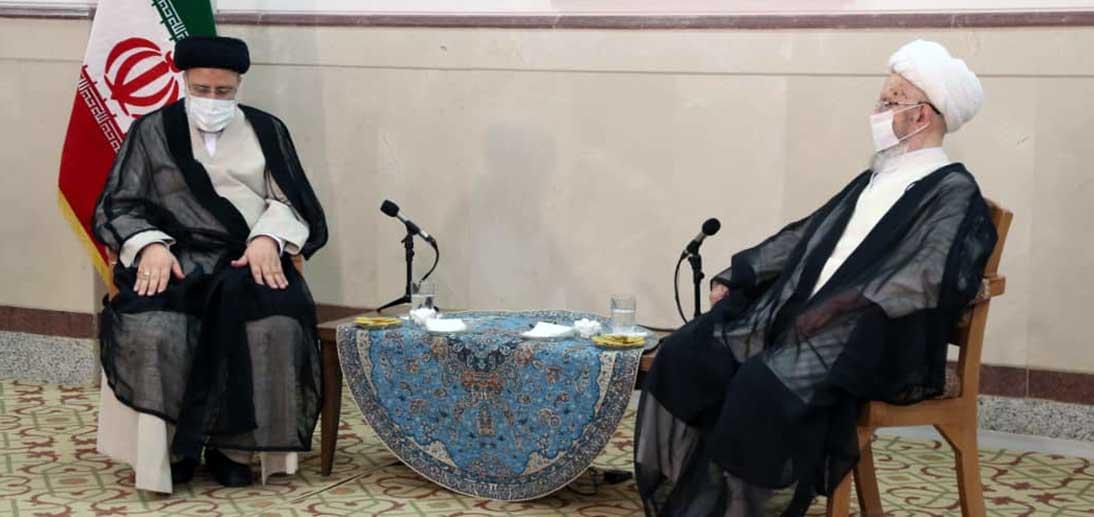 دیدار حجت الإسلام والمسلمین رئیسی با آیت الله العظمی مکارم شیرازی دام ظله