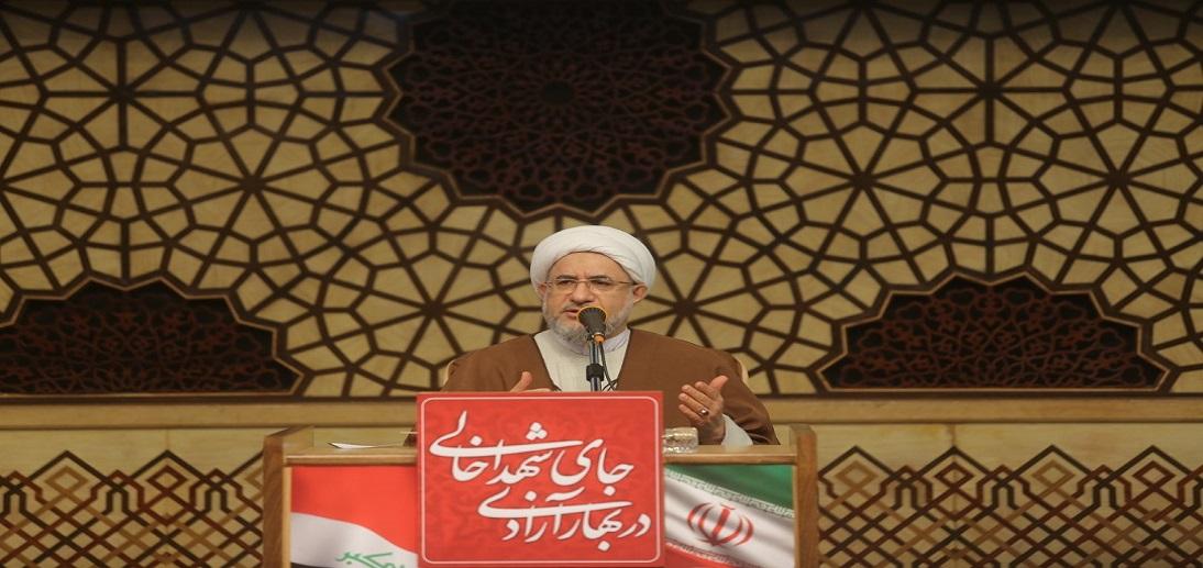 قرآن کریم بیان می کند که دشمنان دین تلاش می کنند که تزویر را جایگزین دین حق کنند