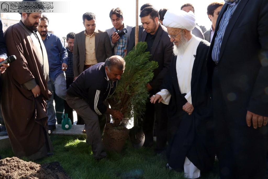 Atətullah Məkarim Şirazi ağacəkmə -04