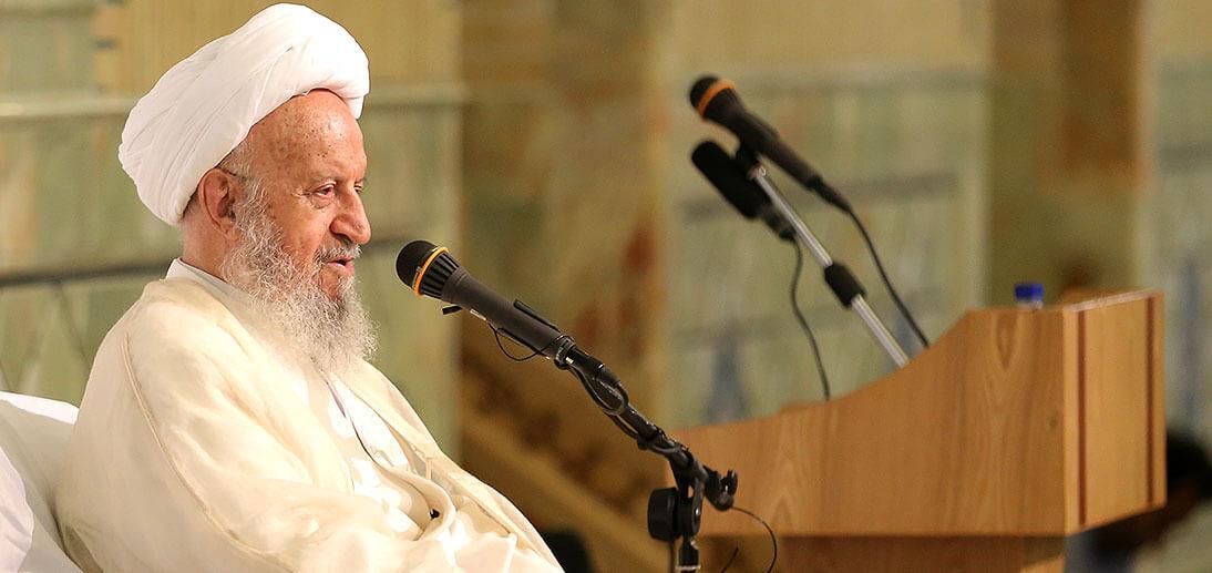 توجه به قرآن انسان را از خواب غفلت بیدار می کند / مجالس با شکوه قرآنی؛ پاسخی دندان شکن به دشمنان
